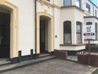 1 bedroom flat in Compton Road, Compton, Wolverhampton, WV3