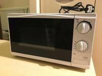 White Microwave, excellent condition!