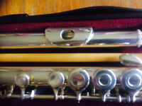Yamaha 281 S II silver plated flute . Made in Japan.