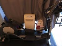 Life Fitness X3 Elliptical Trainer with GO Console + XL mat