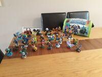 Skylanders Bundle - Figures, Games & Carry Case