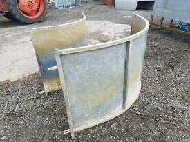 Pair of curved sheep race panels in great condition