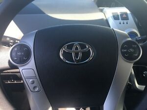 2012 Toyota Prius V HYBRID *BLUETOOTH* Kitchener / Waterloo Kitchener Area image 16