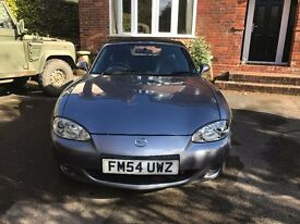 Stunning Mazda MX5 SVT convertible with heated seats, fresh MOT, loads of dealer history!