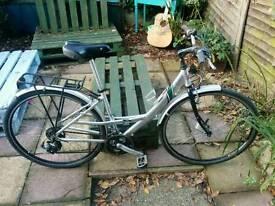 Ladies Saracen Hybrid bicycle