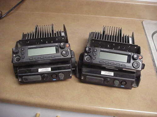 MOTOROLA XTL5000 UHF1 P25 DIGITAL TRUNKING MOBILE RADIO 110 WATTS-[2 UNITS LOT]