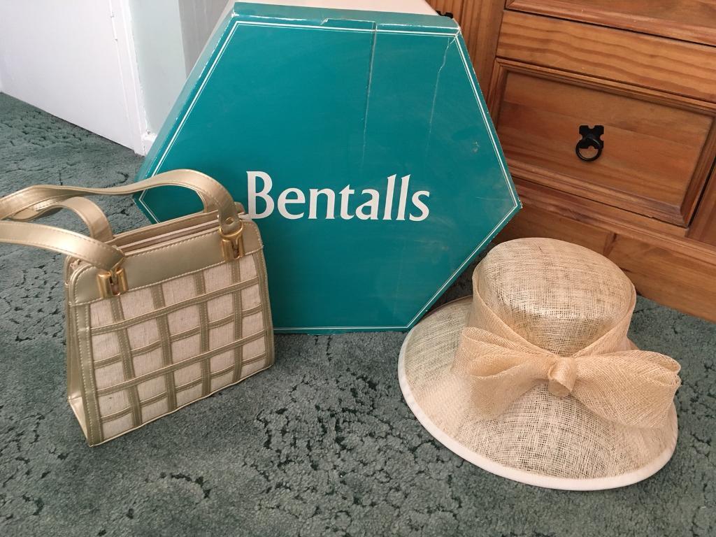 Hand bag & hat