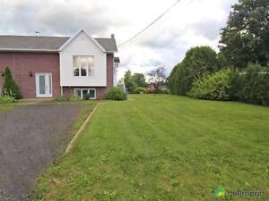 179 900$ - Maison en rangée / de ville à vendre à St-Apollina