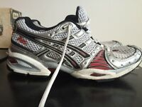 Asics size 7 / euro 40 gel trainers