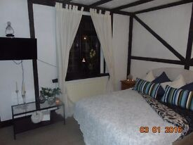 NICE AVAILABLE ROOMS IN SOUTHAMPTON - LORDSHILL