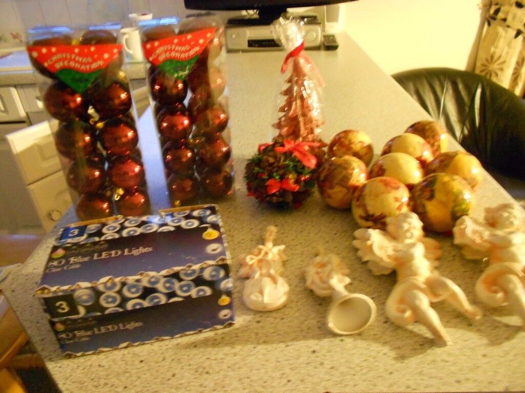 CHRISTMAS BUNDLE, 80 BLUE LED LIGHTS,40 RED BAUBLES,8 DECORATED BAUBLES,TREE CANDLE,TREE DECS.