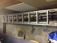 18 rungs aluminum ladder.