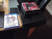 playstation 4 console + game + 1 controller 500gb