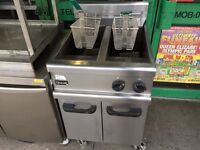 CATERING COMMERCIAL TWIN TANK GAS FRYER FAST FOOD RESTAURANT CAFE KEBAB CHICKEN TAKE AWAY SHOP BAR