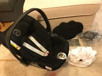 Cybex Cloud Q recliner carseat with assessories