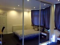 Newly decorated double room for rent