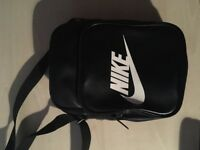 Nike black bag in mint condition only used once