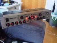 Behringer Bass V amp Pro Rack