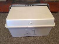 Winnie the pooh baby bath box bargin