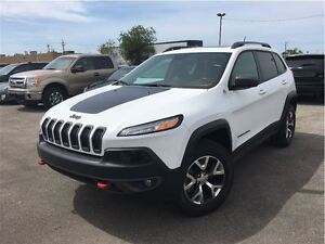 2015 Jeep Cherokee Trailhawk AWD NAVIGATION LEATHER SUNROOF BACK