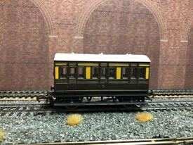 Hornby 4 Wheel GWR Coaches- 00- Used- Very Good