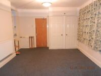 STUDIO FLAT - WATER AND HEATING INCLUDED - QUIET LOCATION