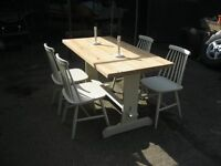 SOLID PINE REFECTORY TABLE, & 4 SPINDLE BACK CHALK PAINTED CHAIRS. VIEWING/DELIVERY AVAILABLE