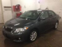 2010 Toyota Corolla LE- MOONROOF AND NAVIGATION PACKAGE