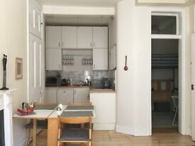 Short Term Holiday Let Bright Modern Victorian Flat - Inclusive Rental Price