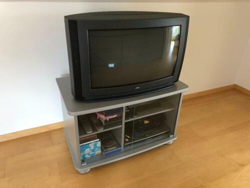 Zwart Tv Meubel Op Wielen.Tv Meubel Op Wielen Hout Met Glazen Deuren Zilverkleurig