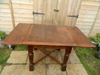 Solid Oak Draw Leaf Extending Table