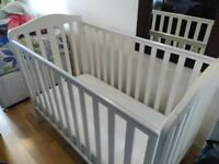 Mothercare Darlington Cot (Excellent Condition)