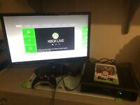 Xbox 360 + 1 wireless controller + Fife 10 game + original accessories