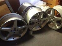 """4 x 17"""" Alloy wheels 4x100 ET35"""