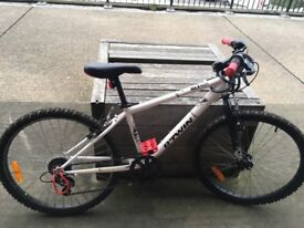 """Btwin rock rider 300 24"""" bike only a year old £80"""