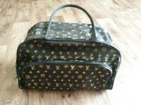 traveling lv bag