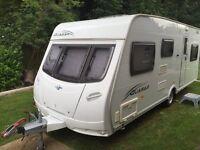 Lunar Quasar 546 2009 6 berth touring caravan