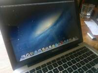 """13"""" Macbook Pro 2.26Ghz 500gb 4gb RAM. 2009. +Replaced battery + Gen. Apple Charger"""