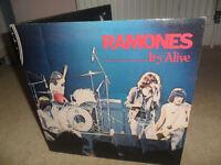 """Vinyl Ramones """"Its Alive"""" double album (1979)"""