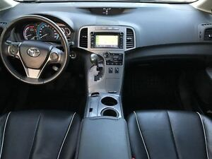 2014 Toyota Venza Limited AWD  dual panel moonroof Navigation Windsor Region Ontario image 11