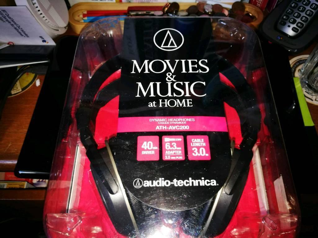Stereo headphones new unused