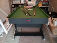 Snooker taable/ pool table
