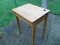 LOVELY VINTAGE 1950's SECONDARY SCHOOL FLIP TOP DESK WITH INKWELL.