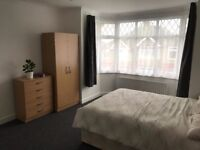 NEWLY REFURBISHED Large Double Room in Luton, Close to Station, University and Airport