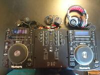 NUMARK DJ EQUIPMENT IN PERFECT CONDITION! TWO NDX500 + MIXER M2 + RED WAVE HEADPHONES