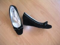Black wedge shoes, size 5