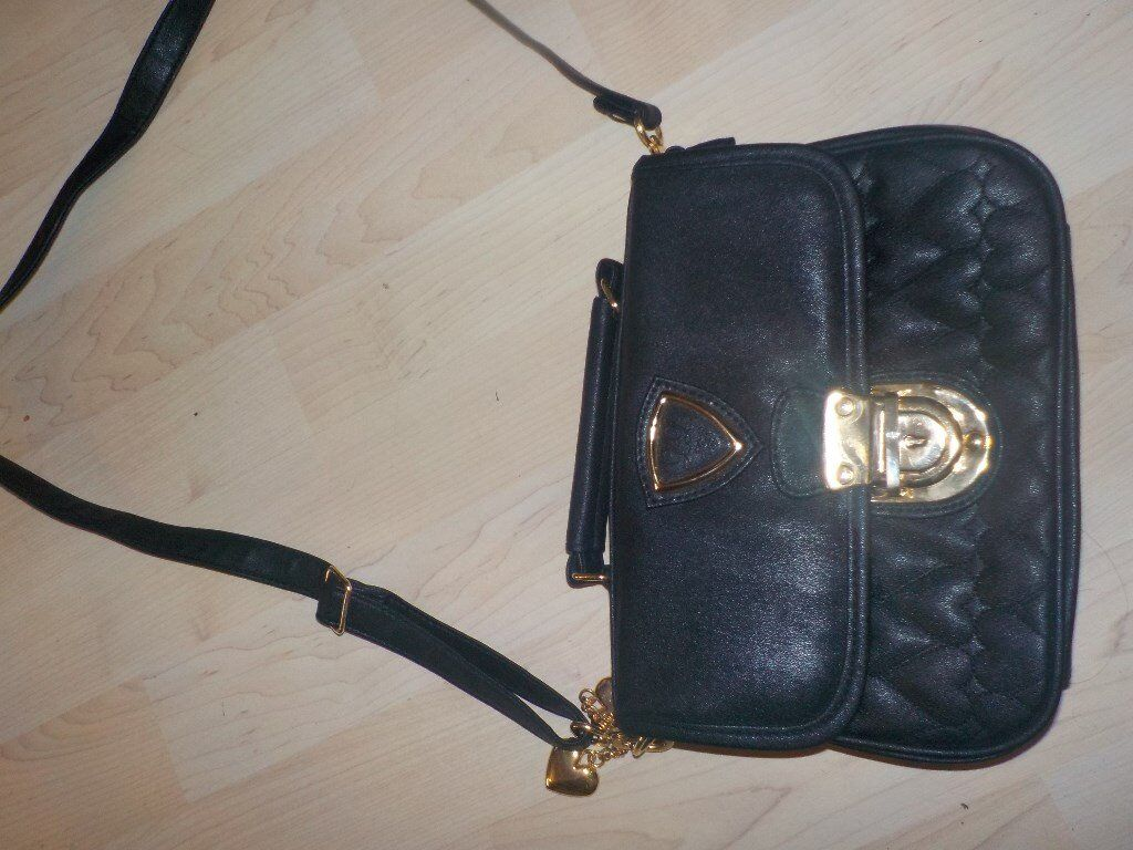 Small Black Hand Bag - Never Been Used - Collect PE27