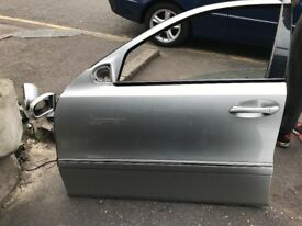 05 MERCEDES E CLASS BOTH SIDE LEFT DOOR AVALIABLE SILVER
