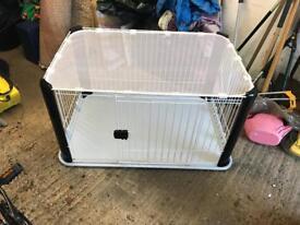 Iris dog crate