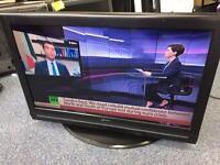 "32"" LCD freeview hd flatscreen tv"